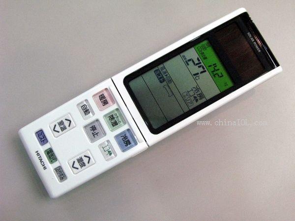 据日经BP社9月22日报道,日立电器于2009年9月17日发布了室内机可检测遥控器位置,并重点对其周围温度进行调节的空调:离子喷雾不锈钢清洁白熊君S系列。S系列备有2.2kW款式到7.1kW款式共8款产品。设想零售价格约为20万日元(2.2kW款式)到33万日元(7.1kW款式)。关于上市时间,2.